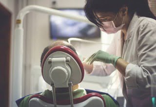visuel implantaire chirurgie imagerie.jpg