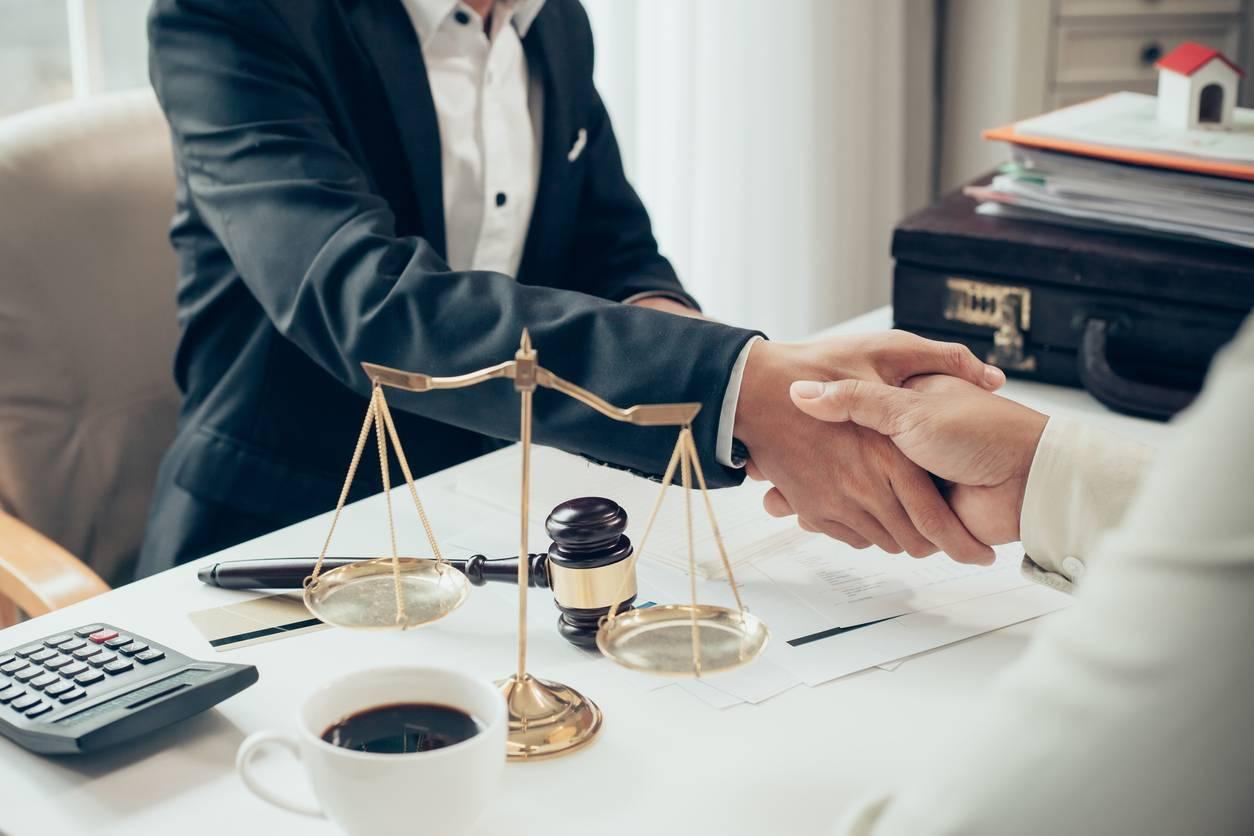 Faire appel à un avocat pour son entreprise